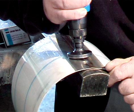 rayure sur le pare brise que faire le repaire des motards. Black Bedroom Furniture Sets. Home Design Ideas